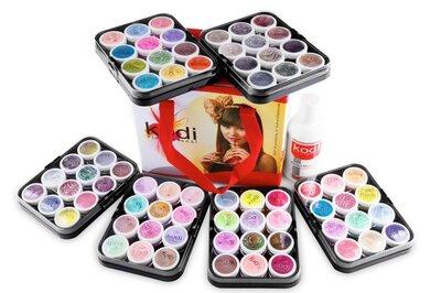 Kodi Набор цветных акрилов в чемодане
